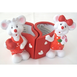 Heart Shaped Linking Plant Pots Red Mouse Valentines Mothers Day Gift