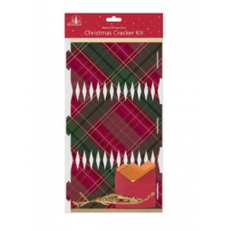 6 Make Your Own Festive Christmas Dinner Table Crackers Fill Yourself - Tartan